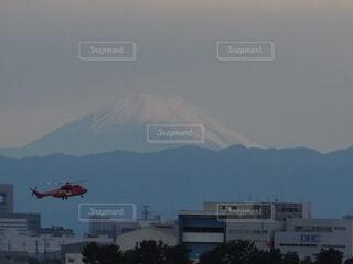 富士山とヘリの写真・画像素材[3794095]
