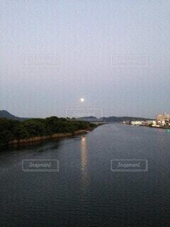 2013年の中秋の名月の写真・画像素材[3724130]
