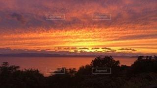 沈む夕日の写真・画像素材[3639189]