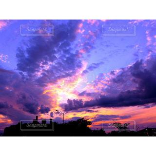 ピンク空の写真・画像素材[3638444]