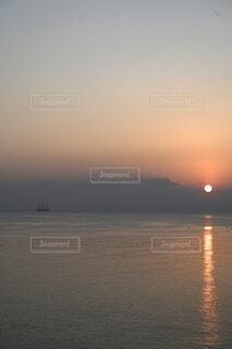 風景,海,朝日,船,水面,正月,お正月,日の出,新年,初日の出,帆船