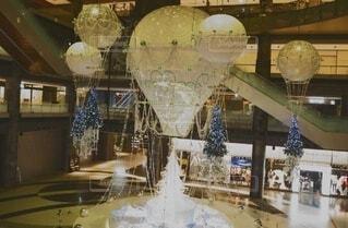 屋外,イルミネーション,クリスマス,梅田,グランフロント大阪,シャンパンゴールド,グランフロントクリスマス