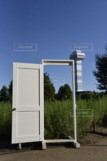 ドアとタワーの写真・画像素材[3725913]