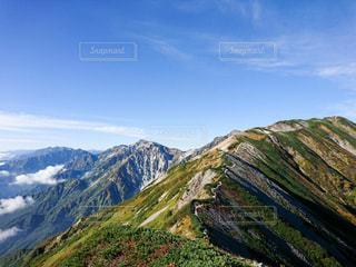 山の側のビューの写真・画像素材[1406803]