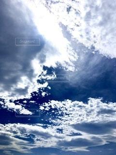 秋の空の写真・画像素材[3696024]