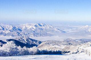スキー場からの景色の写真・画像素材[4136883]