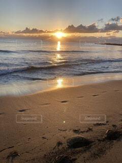 朝日,ビーチ,水面,正月,お正月,日の出,新年,初日の出