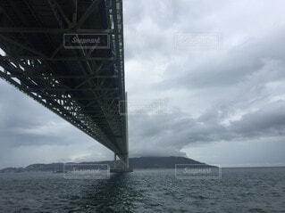 風景,海,空,橋,屋外,湖,船,水面,手持ち,人物,ポートレート,感動,ライフスタイル,手元,明石大橋,インスタ映え