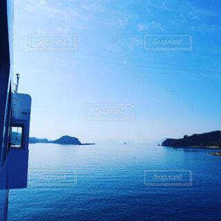 美しい瀬戸内海をフェリーで島旅の写真・画像素材[4616632]