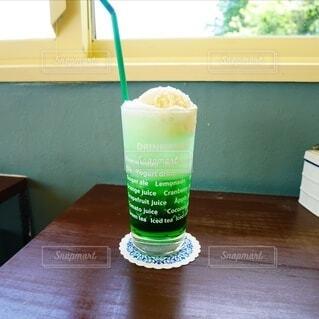 海カフェのクリームソーダの写真・画像素材[4619364]