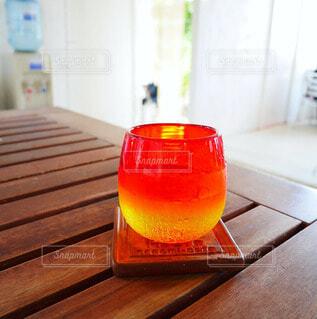 美しい沖縄の夕日のような琉球ガラスの写真・画像素材[4718223]