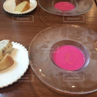 ピンクなスープの写真・画像素材[3691064]