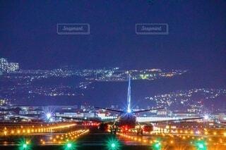 夜の都市の写真・画像素材[3703562]