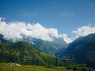 雪山と快晴の空の写真・画像素材[3789347]