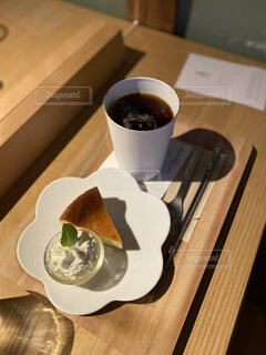 シンプルなチーズケーキの写真・画像素材[4947651]