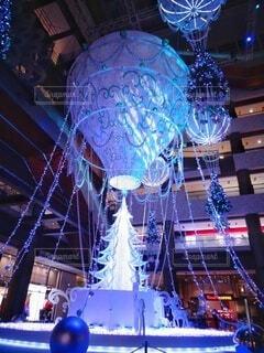 幻想的,アート,クリスマス,照明,明るい,グランフロント大阪,クリスマス ツリー,グランフロントクリスマス,メインクリスマスツリー,世界を繋ぐ希望の旅