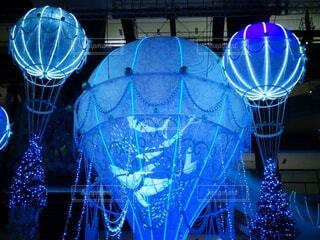 青,気球,クリスマス,グランフロント大阪,グランフロントクリスマス,メインクリスマスツリー