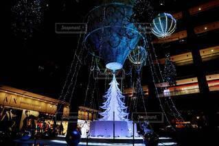 きれい,幻想的,気球,光,キラキラ,クリスマス,装飾,明るい,グランフロント大阪,クリスマス ツリー,グランフロントクリスマス,メインクリスマスツリー