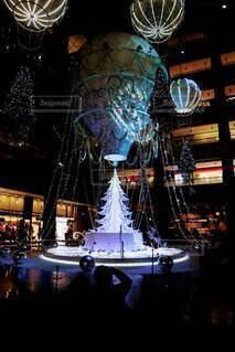 きれい,幻想的,キラキラ,クリスマス,明るい,電飾,グランフロント大阪,シャンパンゴールド,クリスマス ツリー,グランフロントクリスマス