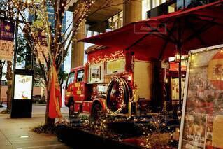 イルミネーション,お店,キラキラ,クリスマス,装飾,にぎやか,グランフロント大阪,シャンパンゴールド,グランフロントクリスマス