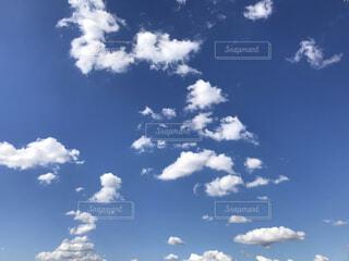 10月の空の写真・画像素材[3787067]