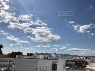 空は広いなぁの写真・画像素材[3790483]