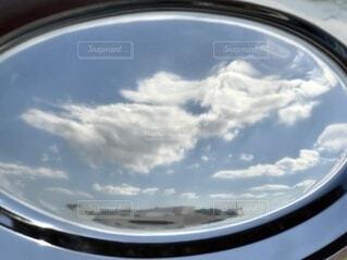 アルミ皿に反射の写真・画像素材[3790477]