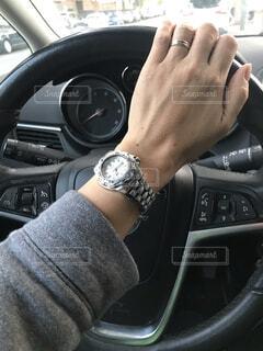 運転中の写真・画像素材[3804985]