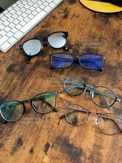 愛用のメガネたちの写真・画像素材[3762994]