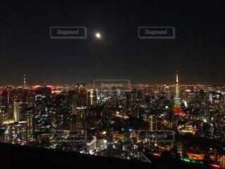 12月クリスマスシーズンの夜景、東京タワーライトアップの写真・画像素材[3928930]