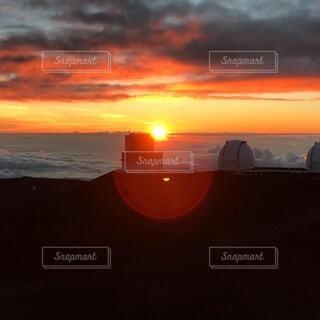 マウナケア山の夕日の写真・画像素材[3735478]