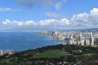 ハワイ ダイヤモンドヘッド山頂からの眺めの写真・画像素材[3751040]