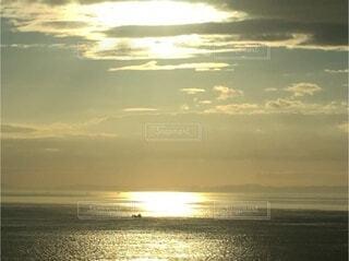沈んだ太陽の写真・画像素材[3797059]
