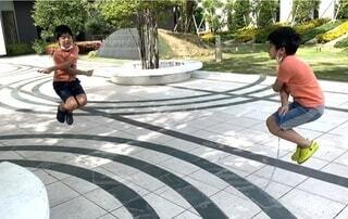 縄跳びの練習の写真・画像素材[3807091]