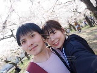 お花見デートの写真・画像素材[3761821]