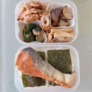 鮭海苔弁当の写真・画像素材[3756578]