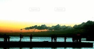 朝日,正月,お正月,日の出,神戸,新年,初日の出,須磨海岸,日の出を待つ