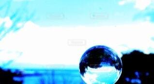 海,ガラス,ボール,ガラス玉,飾り,バブル,エモい,エモい写真