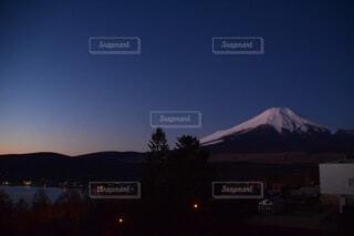 朝焼けの富士の写真・画像素材[3751721]
