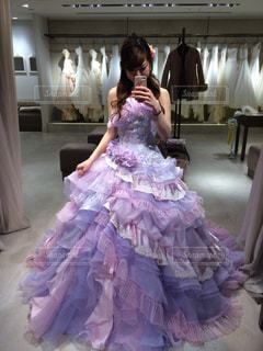 ピンクのドレスの少女の写真・画像素材[784691]
