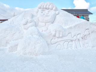 雪に覆われた斜面の写真・画像素材[1760098]