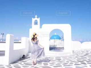 女性,空,ワンピース,青空,後ろ姿,景色,旅行,ホテル,フォトジェニック,インスタ映え