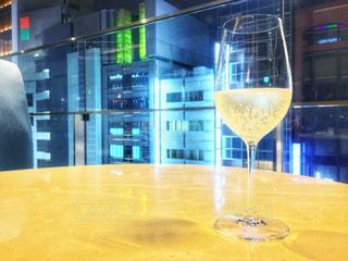 テーブル ワインのグラス - No.929778