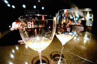 近くにワインのグラスの - No.929992