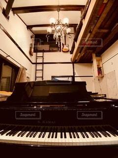 我が家の音楽室の写真・画像素材[3900456]
