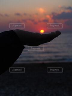海岸で遊ぶの写真・画像素材[4135705]