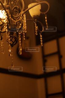我が家のシャンデリアの写真・画像素材[4563834]