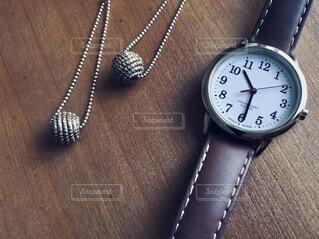 腕時計とアクセサリー。の写真・画像素材[3810159]