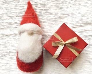 サンタとプレゼント。の写真・画像素材[3938295]