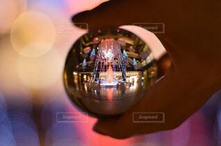 玉ボケ,クリスマスイルミネーション,グランフロント大阪,レンズボール,Grand Wish Christmas 2020,レンズボールの中の世界